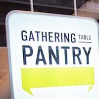 キャッシュレス未来型レストランギャザリング・テーブル・パントリー