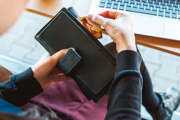 未成年者のクレジットカード:親権者の同意が必要な根拠&各カードの同意方法も